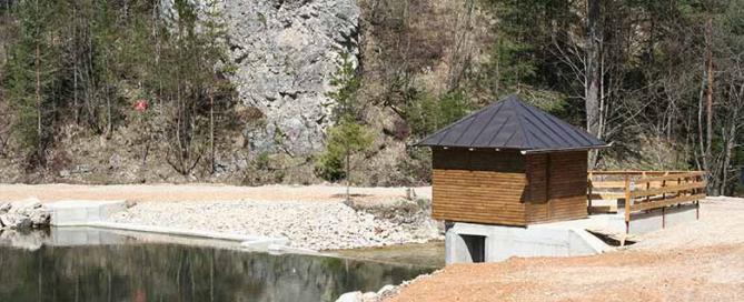 Kleinwasserkraftwerk Mujada
