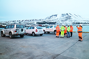PCC BakkiSilicon - Consultants from KfW-Bank visit Húsavík to check the progress of the project and related initiatives. Here they inspect how the port extension construction is progressing. This work is essential for handling both raw materials and finished goods.