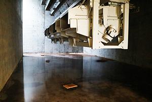 PCC BakkiSilicon - Der unterirdische Teil der Schüttgutaufgabestation ist fertiggestellt. Hier werden später Kohle und Quarzit auf einem Förderband aufgegeben.