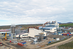 PCC BakkiSilicon - The construction site in August 2017. The dust silos (at left) have been installed.