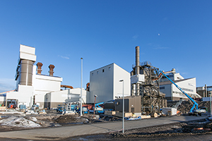 PCC BakkiSilicon - View of the dedusting units, consisting out of dust silos, filter house, screening and shipping department and dedusting unit for silicon screening station (from left to right).