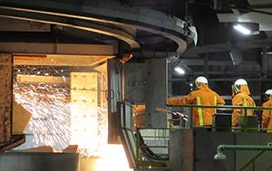 PCC BakkiSilicon - Po osiągnięciu temperatury operacyjnej wynoszącej 2 tys. stopni Celsjusza, dnia 11 maja 2018 roku dokonano pierwszego spustu płynnego krzemometalu, który oficjalnie rozpoczął produkcję.